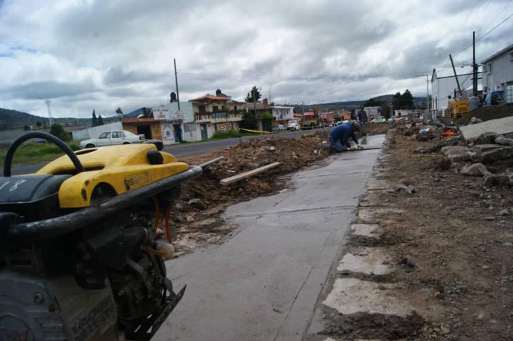 Ejecuta Tlaxco 42 obras de construcción y rehabilitación de drenaje sanitario