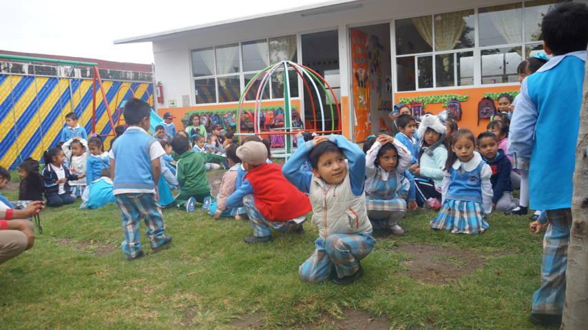Fomentan la cultura de la prevención con un simulacro de sismo a niños del CAIC