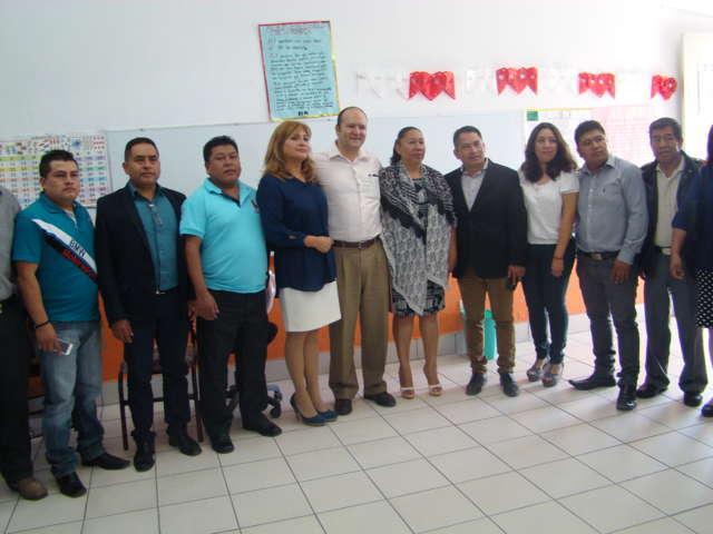 Anuncia Juan Corral 3.3 mdp para mantenimiento de escuelas en Quilehtla