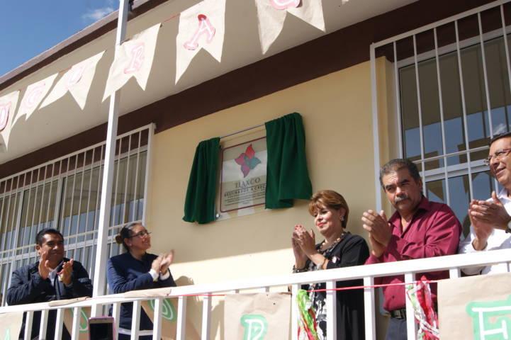 Inaugura Gardenia Hernández primer comedor escolar en sexta sección