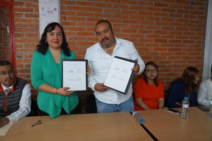 Gobierno Municipal de Xicohtzinco firma renovación de convenio con CCA.
