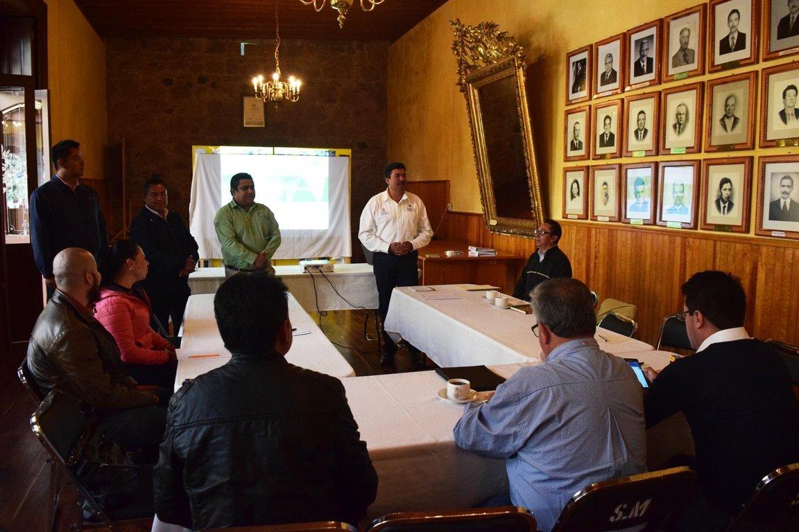 Capacita Sectur a prestadores de servicio del Pueblo Mágico de Tlaxco