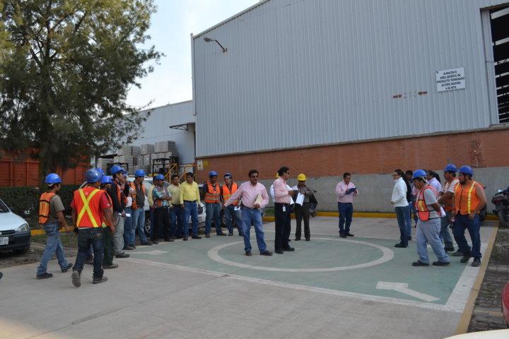 Protección Civil de Tlaltelulco apoya a empresas en realización de simulacros
