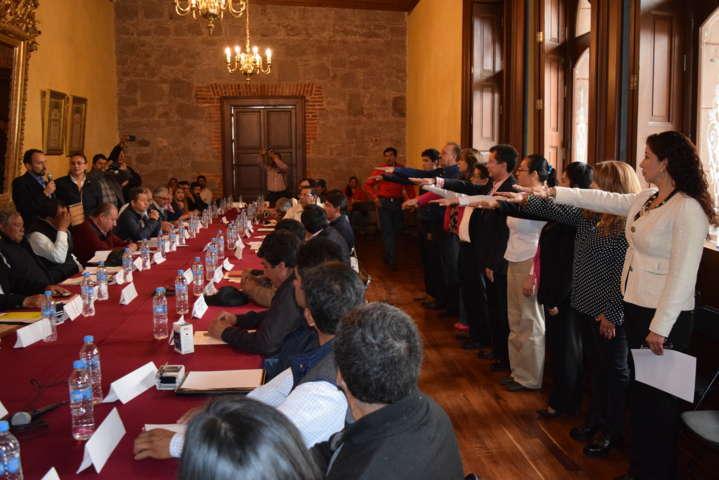 Toman protesta a Comité Ciudadano de Pueblo Mágico de Tlaxco