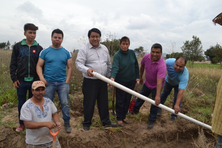 Ayuntamiento acerca servicios básicos a la prolongación Iturbide