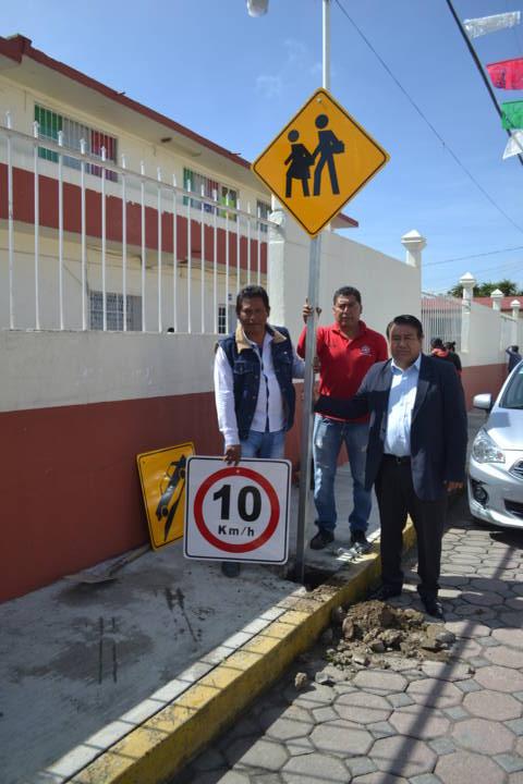 Colocando señalamientos en puntos estratégicos creamos espacios seguros: alcalde