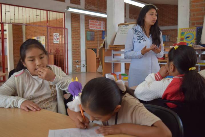 """Niños reciben pláticas sobre los """"Derechos y Compromisos de los niños"""""""