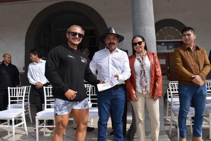 Orea Albarrán premia a deportistas del municipio por su trayectoria