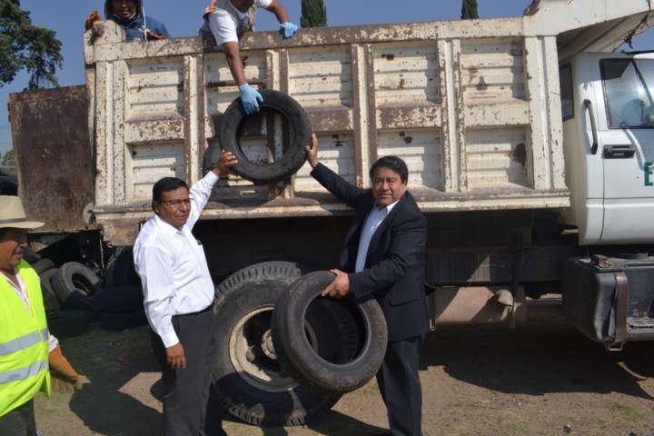 Alcalde invita a la población a sumarse a la campaña de recolección de llantas