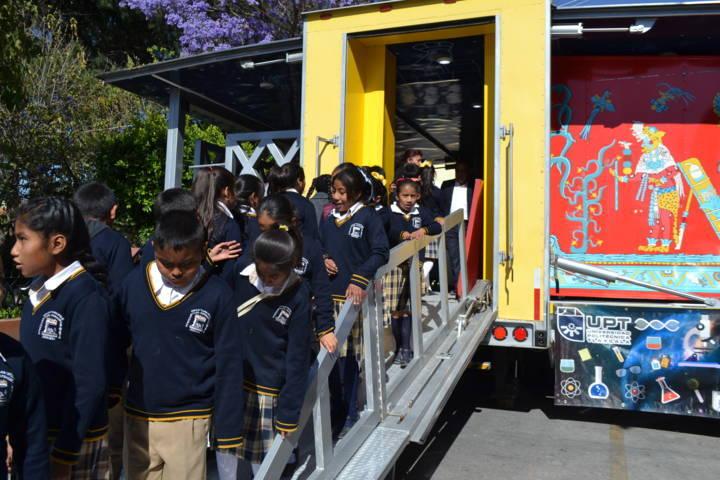 Llegó el tráiler de la Ciencia y la Tecnología a Tlaltelulco