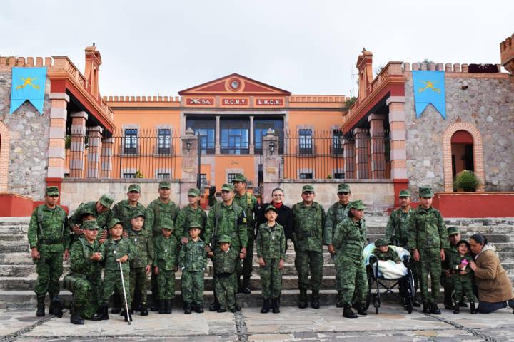 Recibe SEDENA a 11 soldados honorarios en Mazaquiahuac-Tlaxco