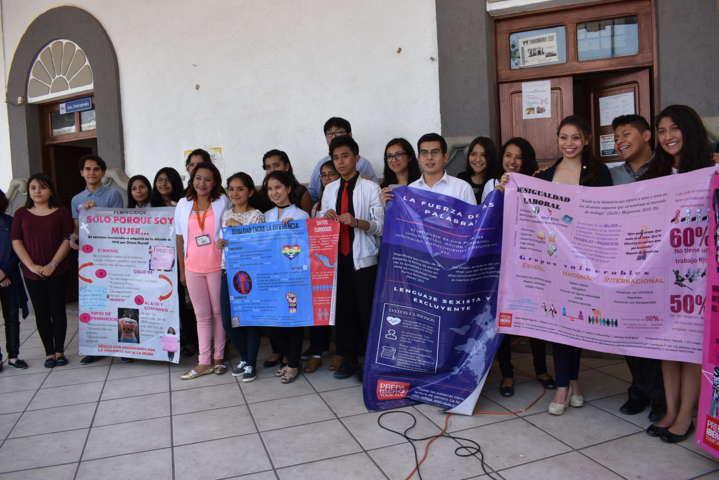 Infografías de Equidad de Género son presentadas en Zacatelco