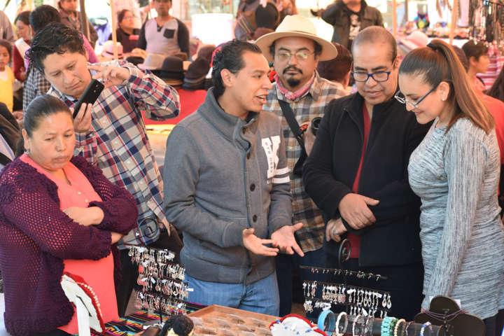 Organiza Gobierno Séptimo Festival del Artesano Tlaxco 2017