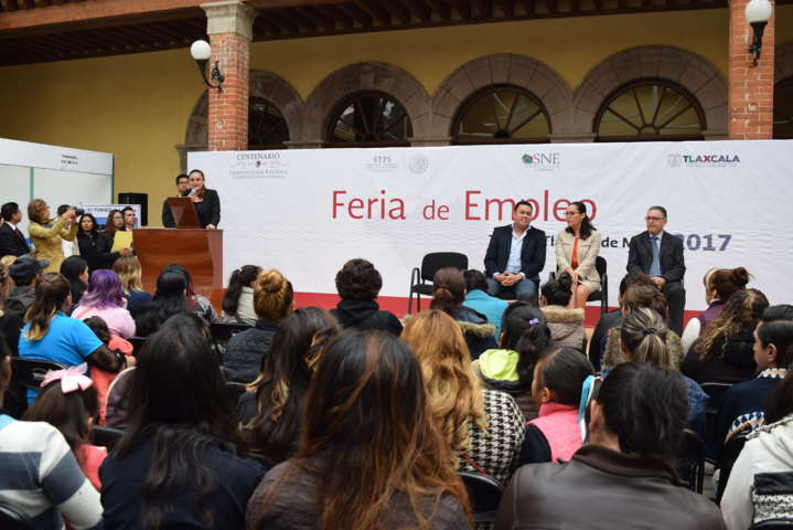 Inauguran Primera Feria Municipal del Empleo en Tlaxco