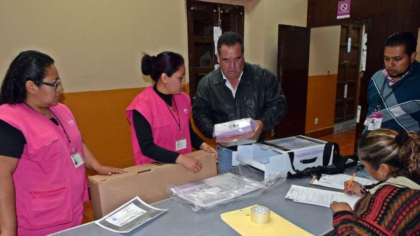 Entrega ITE paquetes electorales a los CAE