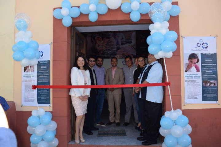 Aperturan primera clínica de salud femenina en Tlaxco