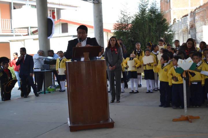 Alcalde conmemoro el 71 aniversario luctuoso de Mauro Ángulo