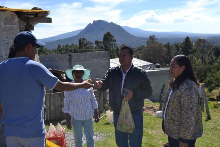 Con estos invernaderos apoyamos la economía familiar: Rivera Mora