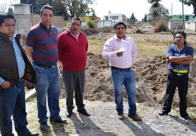 Entrega MAPR material para construcción de drenaje en Teotlalpan