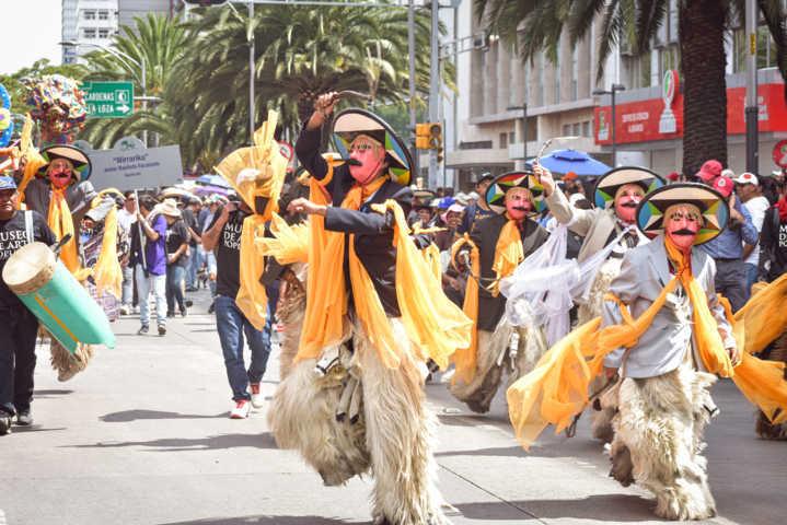 El Alebrije Tlahui de Zacatelco llego al desfile monumental en la CDMX