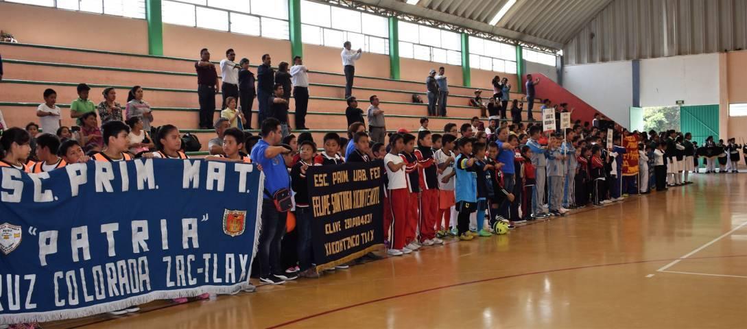Inauguran ligas deportivas y clubes escolares