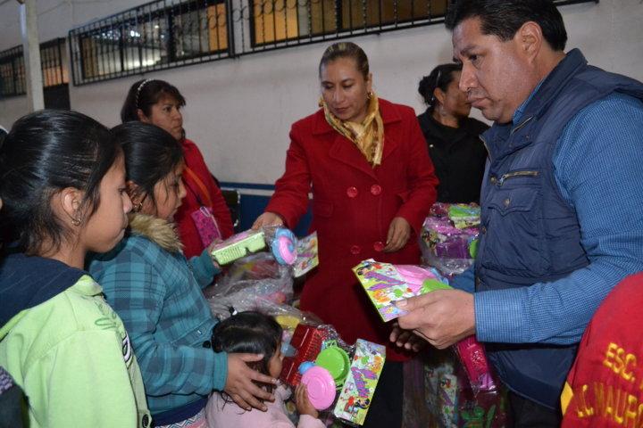 Festejan en Tlaltelulco el Tradicional Día de Reyes