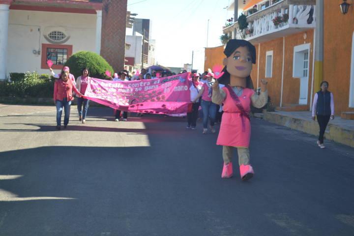 El DIF municipal y sindicatura promueven caminata contra el cáncer de mama