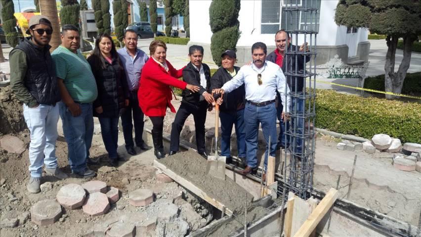 La explanada cívica municipal contará con una techumbre: Sánchez Amador