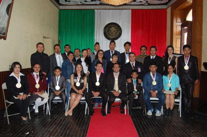 Primera entrega del Premio Municipal, a los mejores deportistas de Calpulalpan
