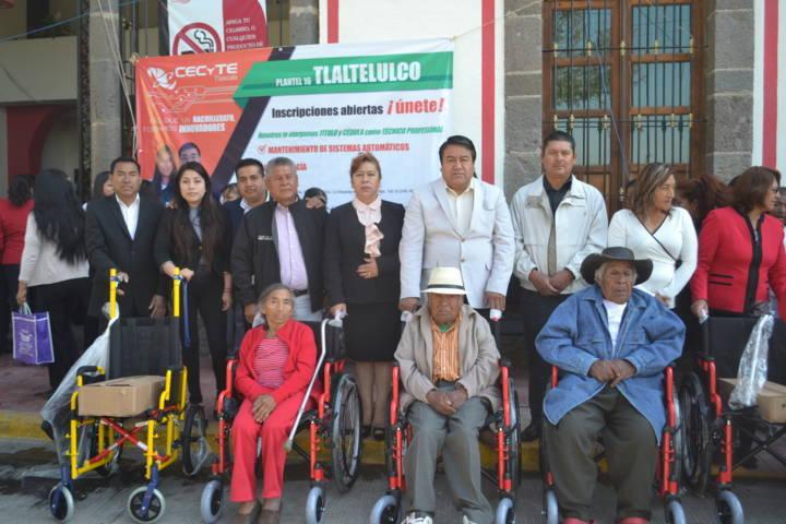 Ayuntamiento y SMDIF coadyuvan a grupos vulnerables del municipio