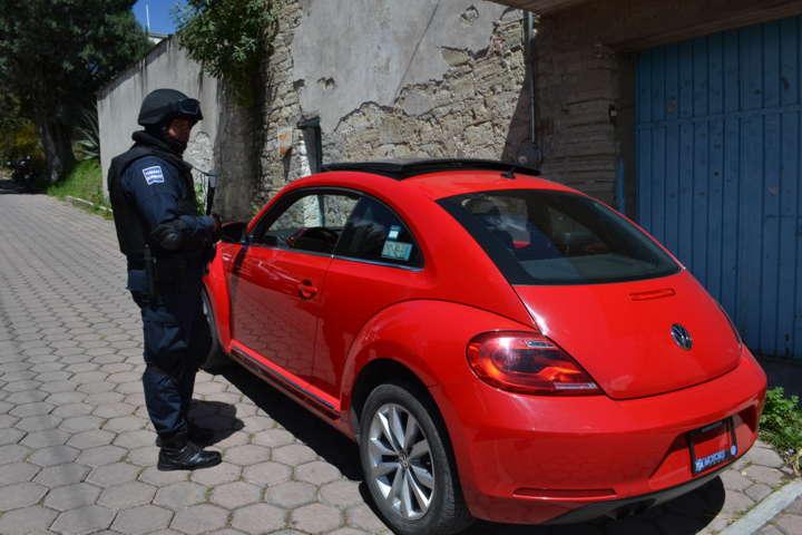Tras persecución policía capitalina frustra robo de un vehículo  y lo recupera