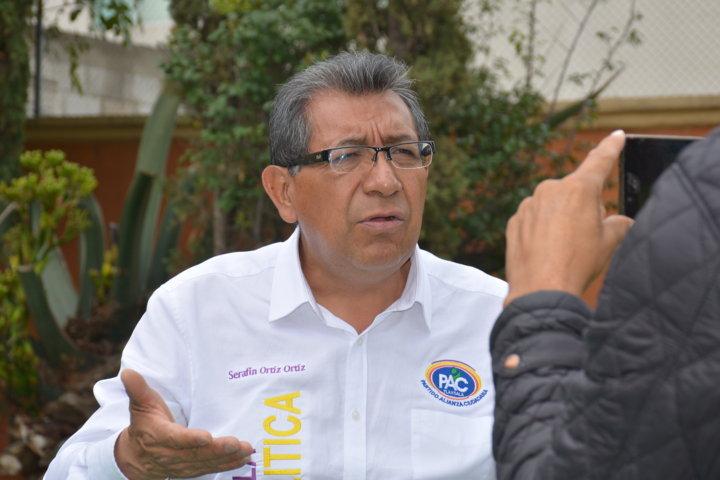 La buena política también traspasa al sistema educativo, propone Serafín Ortiz