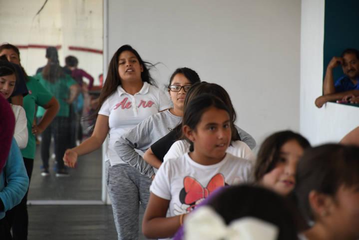 Imparte CDIT educación física integral en el Curso De Verano en Tlaxco