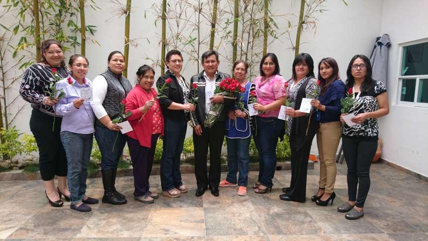 Un detalle a las mamás de la Presidencia de Tzompantepec
