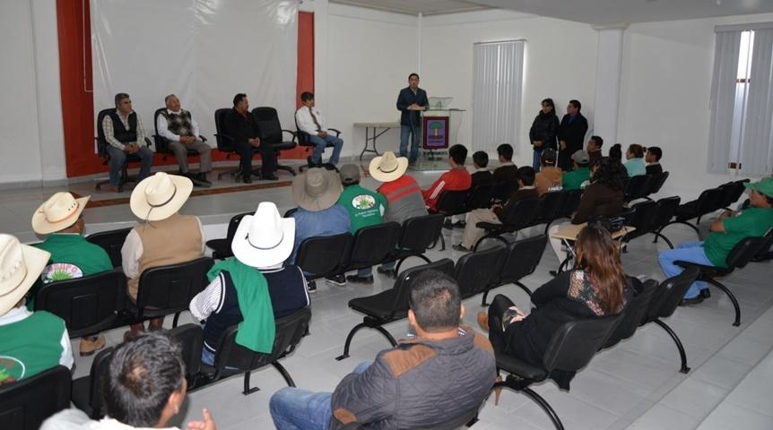 Ayuntamiento y grupo PULMEX reconocen a 26 Tlachiqueros