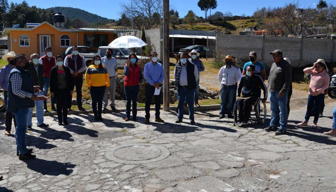 Nanacamilpa continúa realizando obras; ahora en calle Álamos de Miguel Lira y Ortega