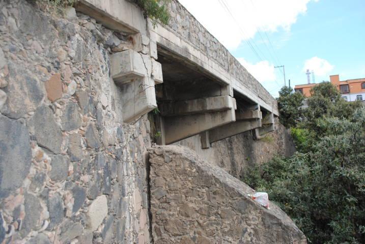 Ayuntamiento da a conocer estado físico del puente México