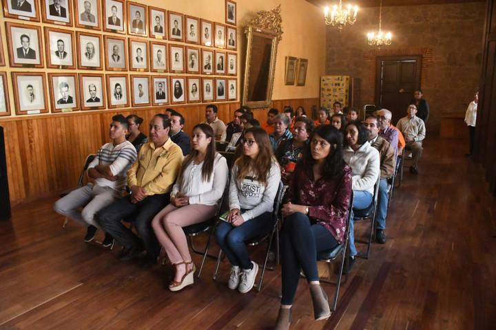 Presentan en Tlaxco conferencia de derechos para personas con discapacidad