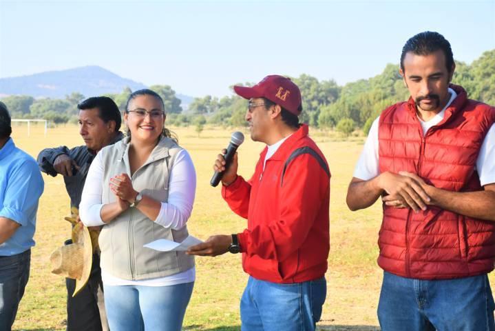 Limpian funcionarios de Tlaxco más de 3.5 toneladas de basura en el Zahuapan