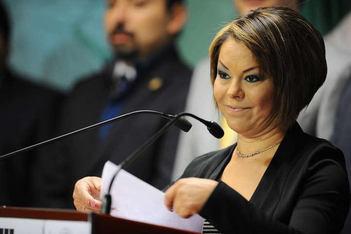 Minerva Hernández sigue buscando reflectores, ahora sí