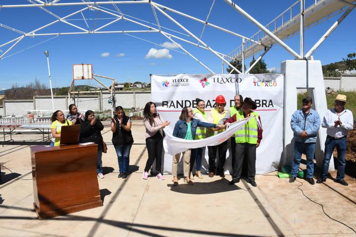 Inicia Tlaxco ejecución de obra pública 2018: Da alcaldesa banderazo
