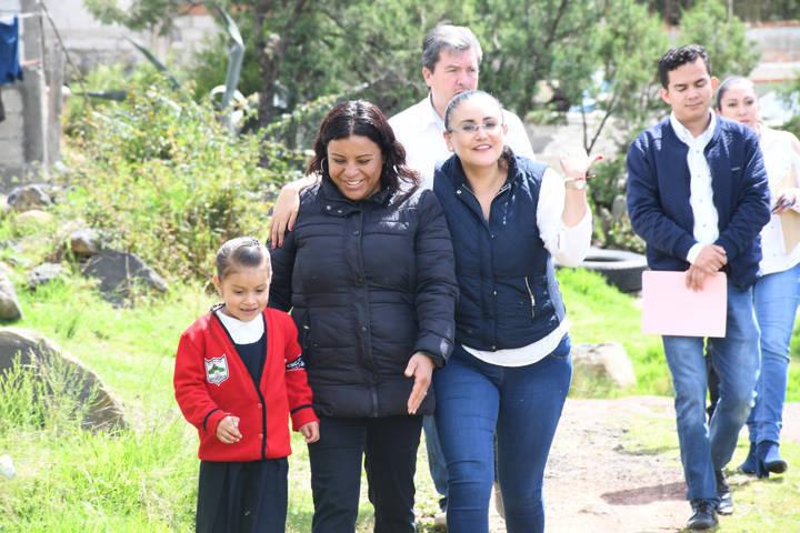 Beneficia Tlaxco, Sedatu Y Sedesol a 103 familias con cuartos adicionales