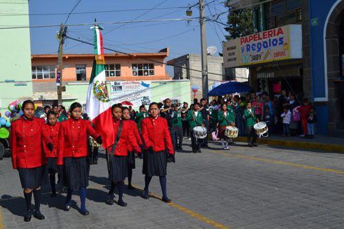 Autoridades de Tlaltelulco celebran natalicio de Benito Juárez y Desfile de Primavera