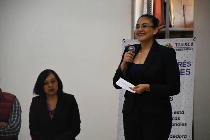 Imparten en Tlaxco conferencias para generar competitividad juvenil y prevención de adicciones