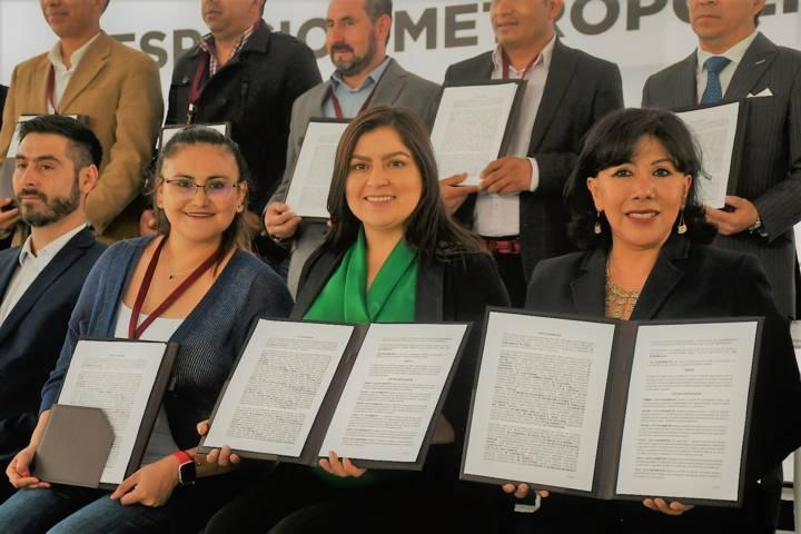 Firma Tlaxco carta para el cuidado de los Ríos Zahuapan y Atoyac