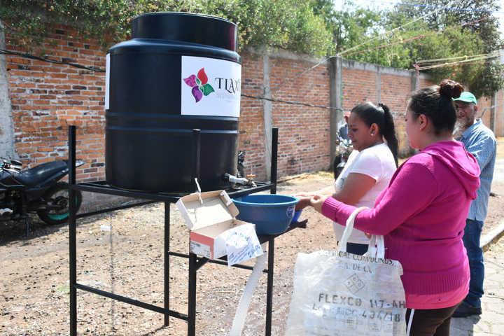 Bajo medidas preventivas reinica actividades tianguis de Tlaxco
