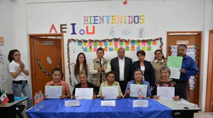 ITEA y Ayuntamiento entregan certificados a educandos de primaria y secundaria