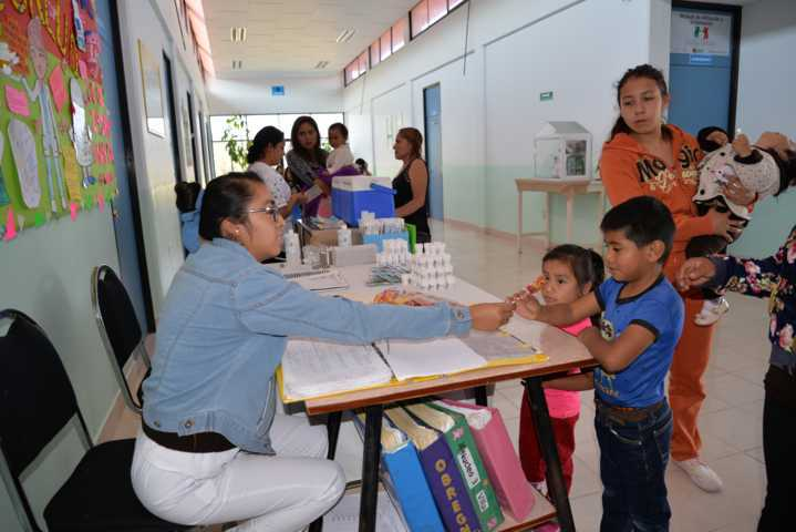 Ayuntamiento amplía su horario de atención médica en el Centro de Salud