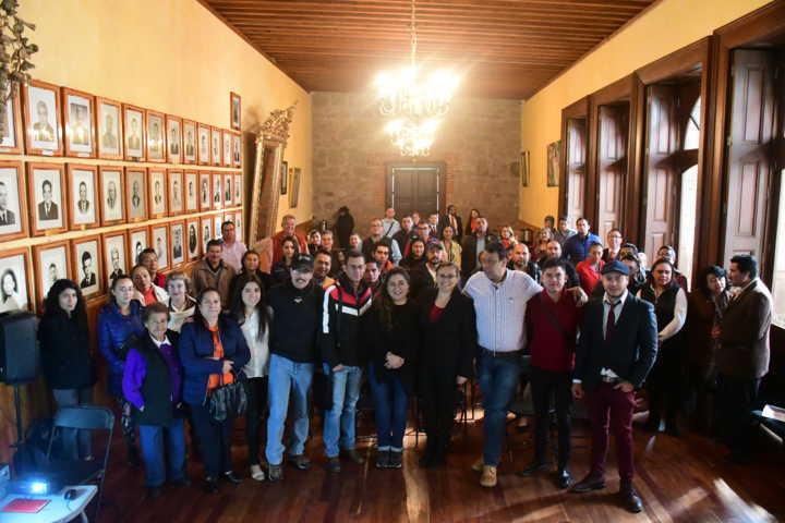 Acerca Secture a Tlaxco capacitación para el fortalecimiento del sector turístico
