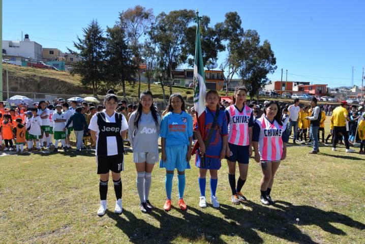 Con la participación de 58 equipos inicio el torneo de futbol municipal